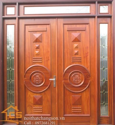 Hình ảnh cửa gỗ tự nhiên đẹp CGĐ14 làm từ gỗ dổi - nội thất chàng sơn